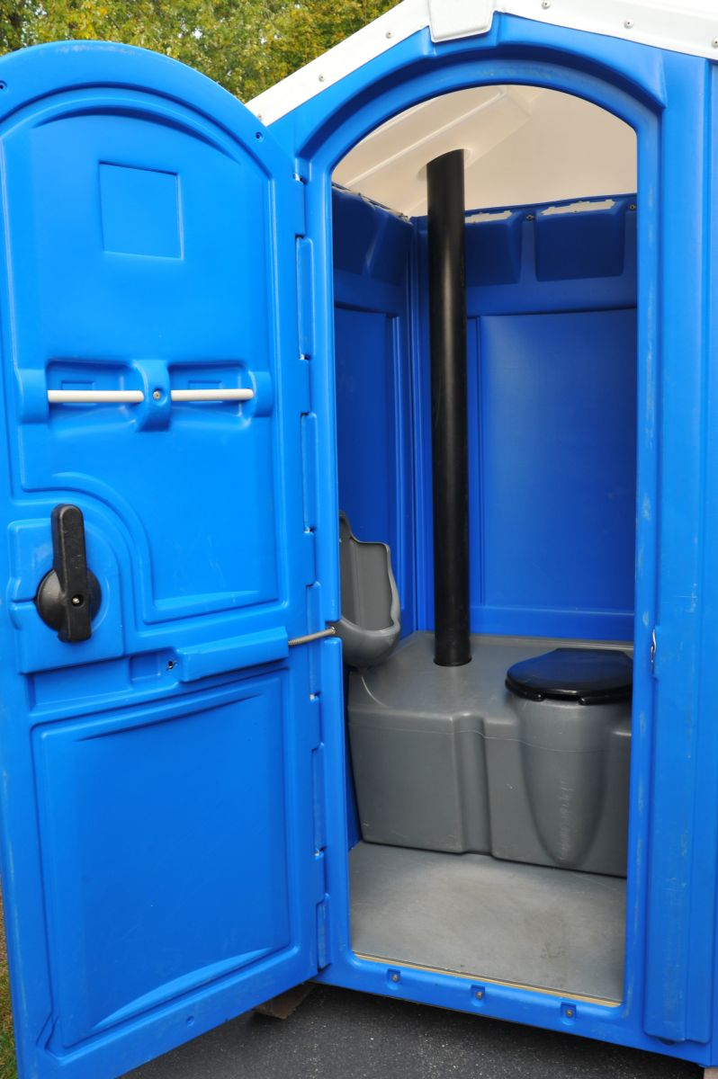 Rotational Molded Blue Portable Toilet